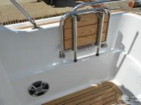 Откидной столик катера Silver Eagle Cabin 650