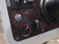 Панель управления катера Silver Eagle Cabin 650