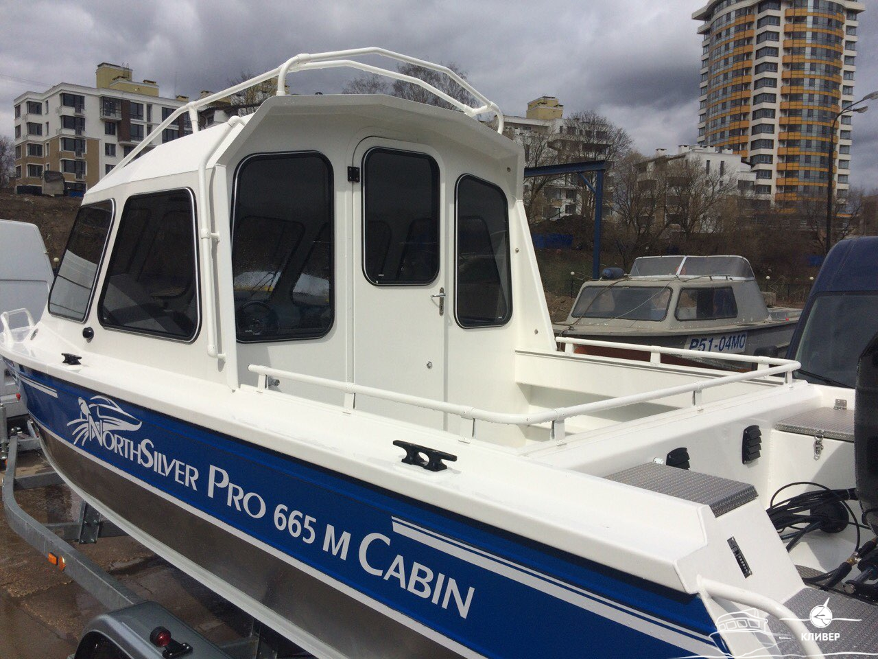 Кормовая часть катера North Silver Pro 665 M Cabin