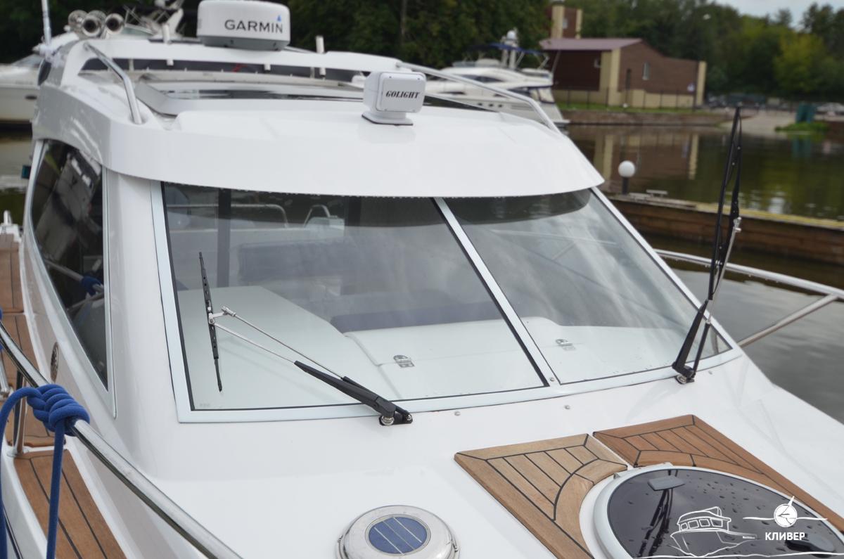 Ветровое стекло катера Silver Condor Star Cabin 730