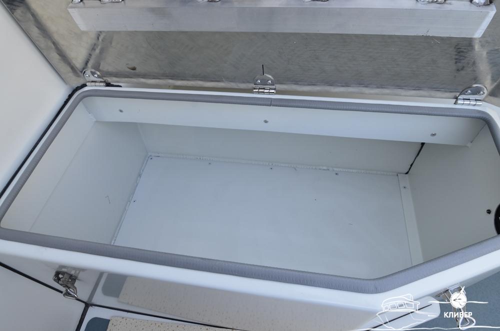 Рундук катера North Silver PRO 920 TDI