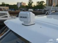 Фара-искатель катера Silver Eagle Cabin 650
