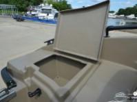 Багажный отсек катера North Silver 490